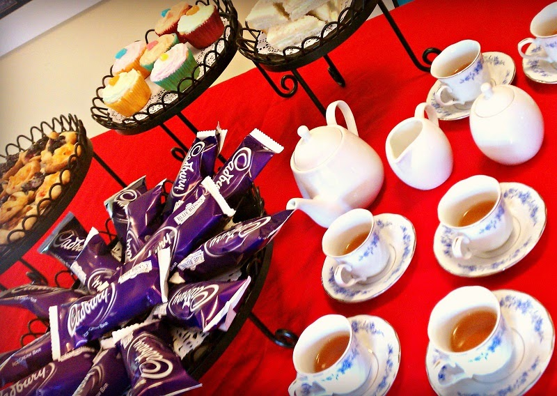 Finding BonggaMom: How to host the perfect tea party