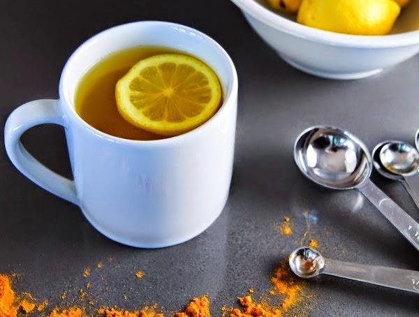 Eau chaude citronn e et curcuma boisson de gu rison - Comment utiliser le curcuma dans la cuisine ...