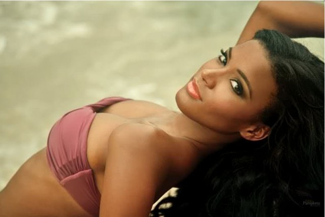 Leila Lopes Biography and Photos 2011