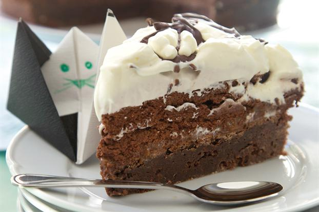 Torta brownie de chocolate con mousse}