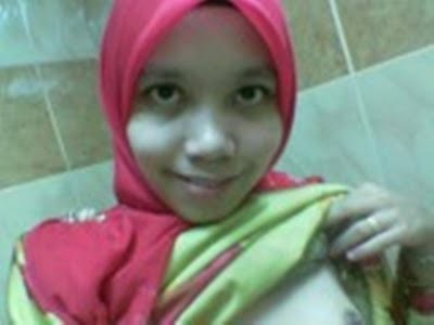 Malay women   Tudung tetek kecil cipap ketat melayu bogel.com