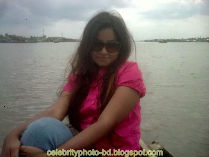 Hot Dhaka Girl's Unseen Homely Made Model Photos HD