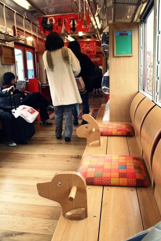 keretapi-alat-mainan-tempat-duduk