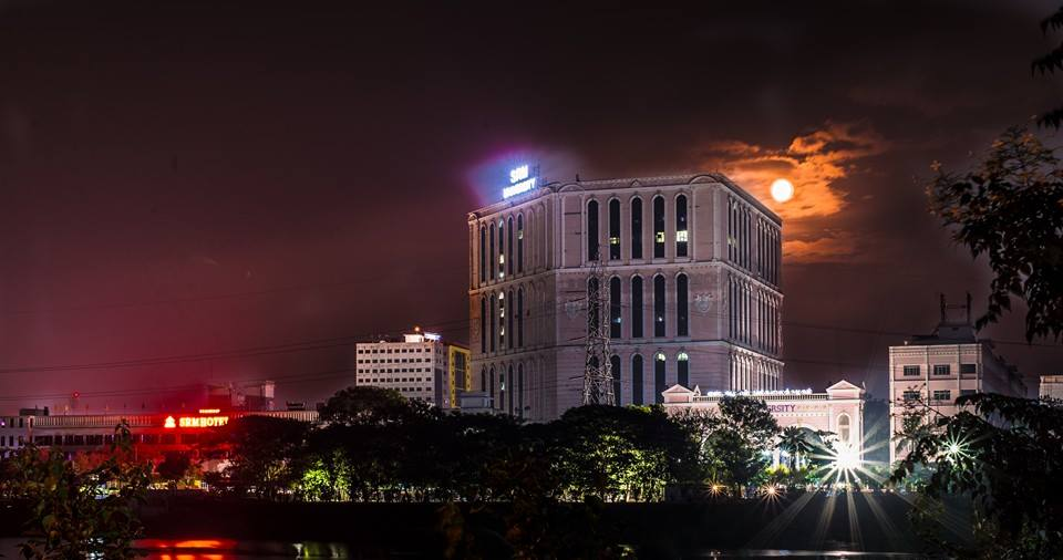 University Building-Moon Night View