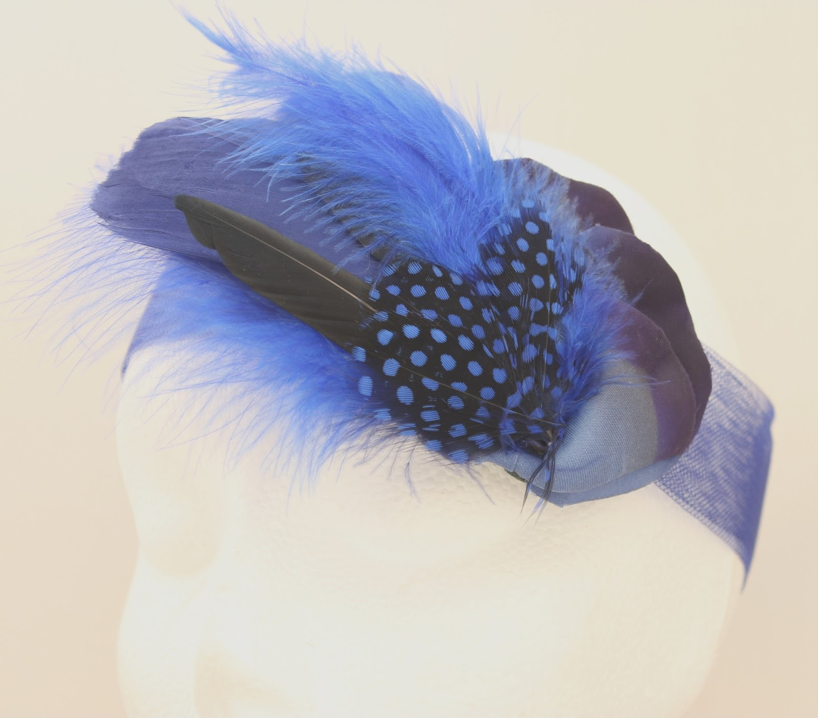 Colección Zinnia - Banda Crin Azul flor pluma