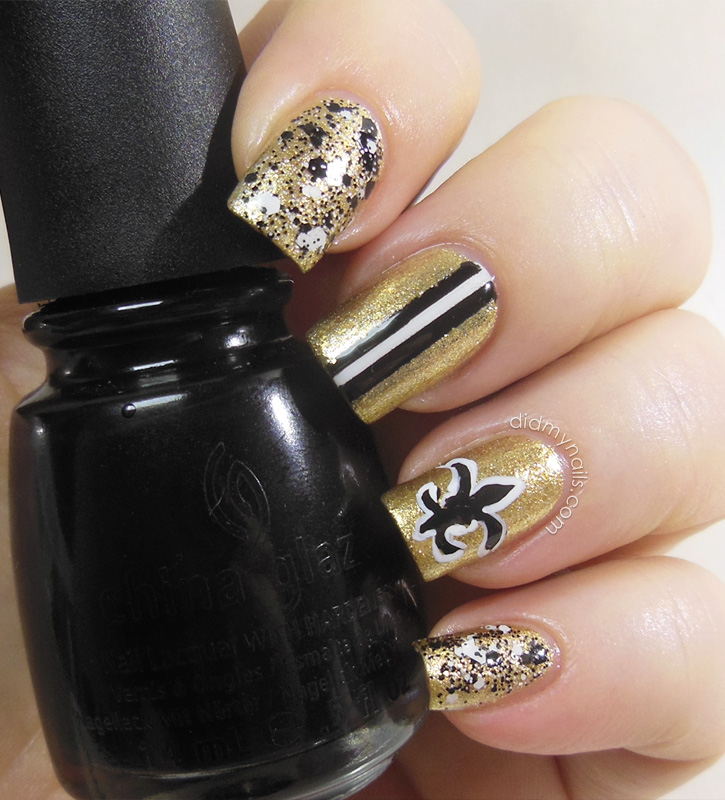 New Orleans Saints nail art