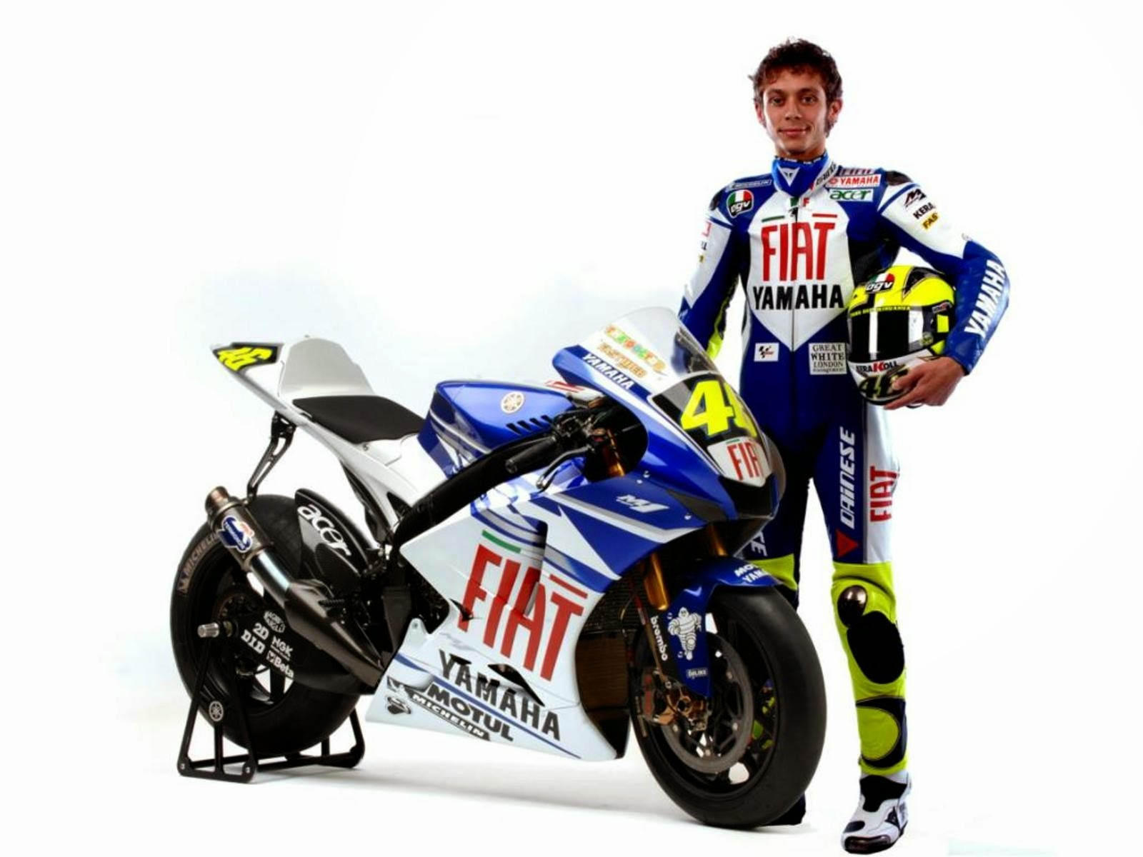 Biodata Profil Dan Foto Valentino Rossi Lengkap