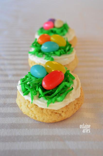 Ninhos de Biscoitos e Feliz Páscoa
