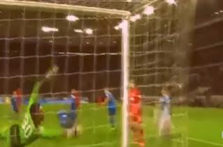 gol alemania la pelota pasa por el costado video