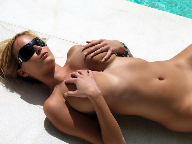 Zuzana Drabinova Naked Picture