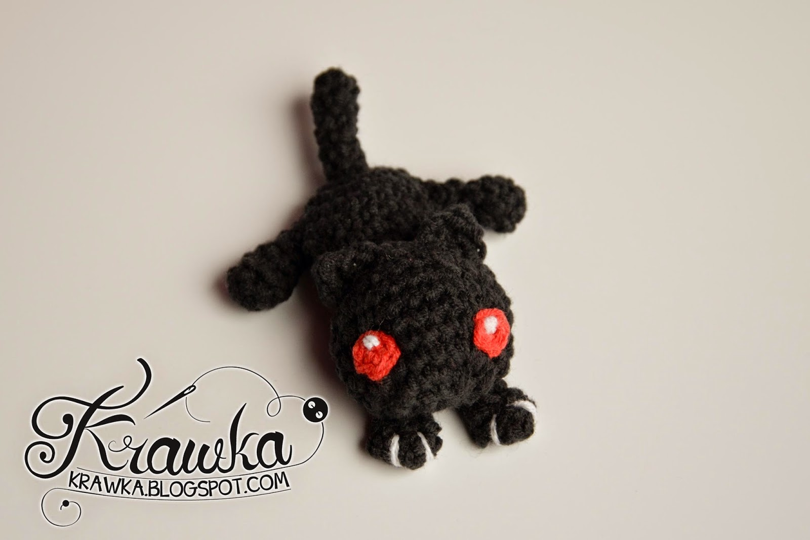 Krawka: Little black cat / demonic kitten - Crochet hair accessory with free pattern