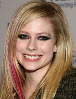 Avril Lavigne Hairstyles - Celebrity hairstyle Ideas for Girls