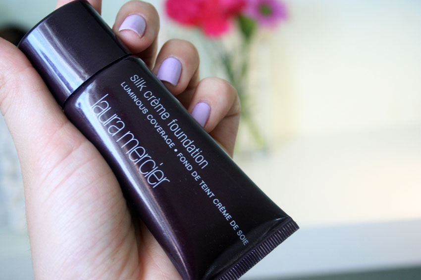 laura_mercier_silk_creme_foundation
