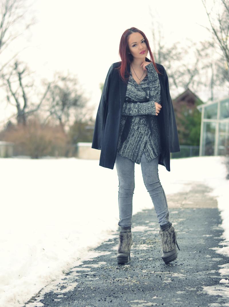 Outtfit_Winter_grau_leder_Taillengürtel