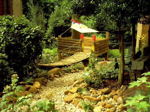 Dreams and wishes garden play ideas for the kids for Garden designs for kids