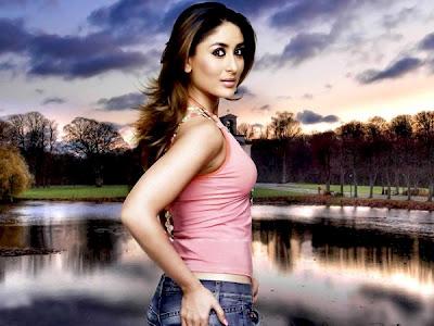 kareena-pink-top-busty-side-pose