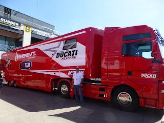 camion del equipo ducati en motorland aragon
