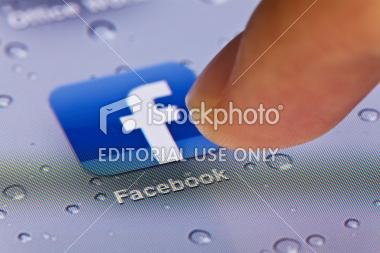dit clicant a sobre de l'icona de facebook