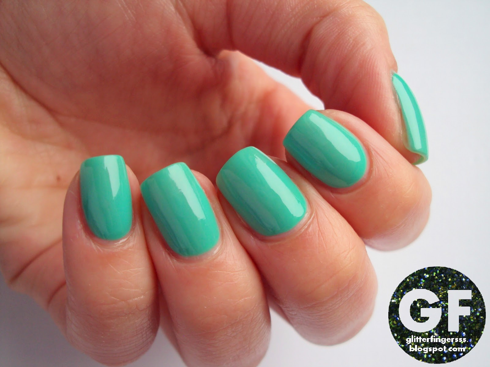 SWATCH | Favorite Rimmel nail polishes: Misty Jade, Sea Green ...