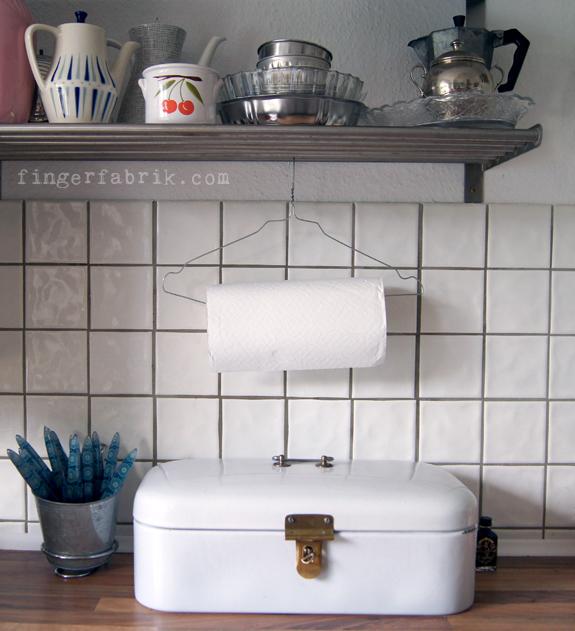 Emejing Küchenrollenhalter Selber Bauen Ideas - Thehammondreport.com ...