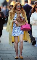 Lindsay Lohan  pink handbag