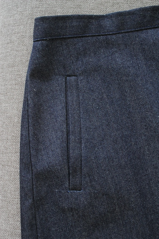 Burda-11-2012-#124-a-line-skirt-welt-pocket