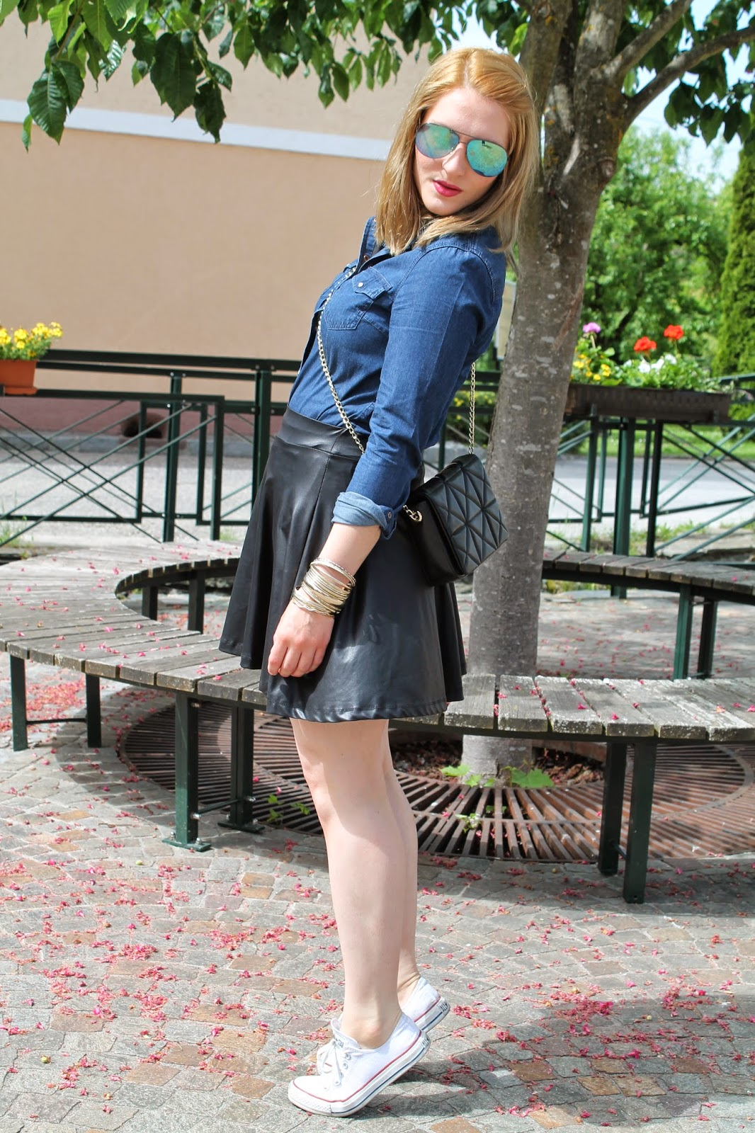 Fashionblogger Austria / Österreich / Deutsch / German / Kärnten / Carinthia / Klagenfurt / Köttmannsdorf / Spring Look / Classy / Edgy / Summer / Summer Style 2014 / Summer Look / Fashionista Look /  Zara / C&A/ Clockhouse / Converse / H&M/ Born Pretty Shop / Skater Skirt / Leather Skirt / Jeans Blouse / Mirrored Glasses /