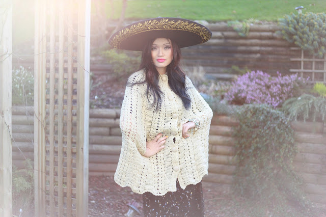 Paint a dress vintage knitted cape, iulia agnew photography, vintage, eco fashion, eco style
