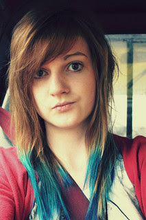 rambut ombre biru