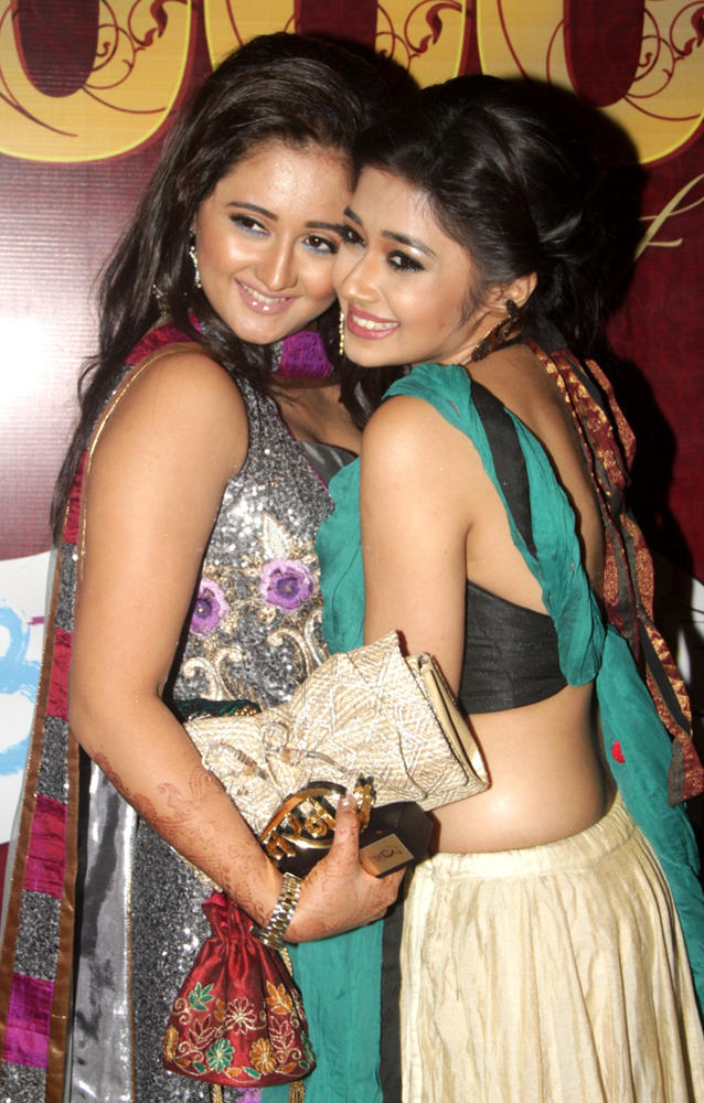 Uttaran Serial Actress Rashmi Desai and Tina Dutta Hot
