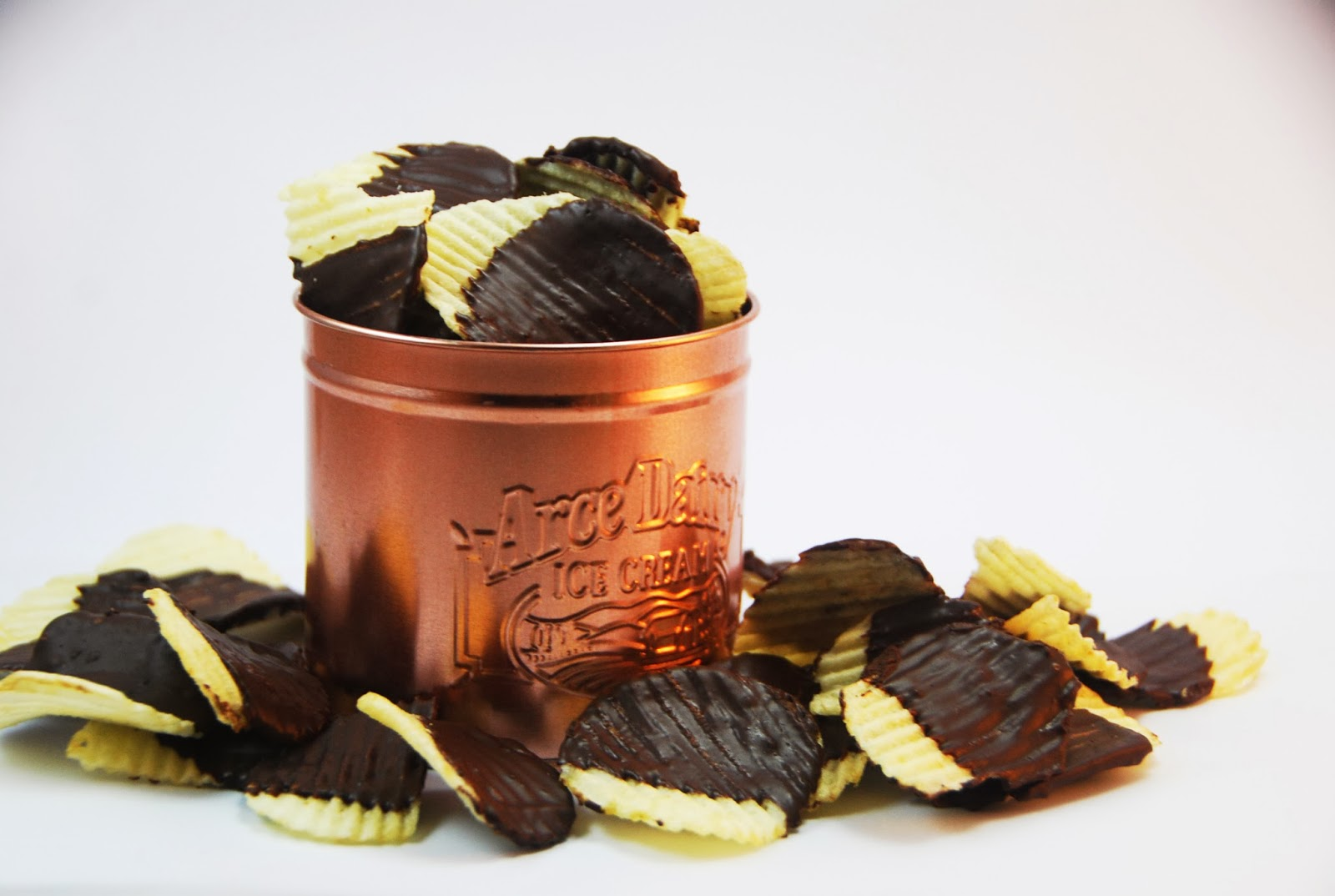 The Pink Doormat: Chocolate Covered Potato Chips