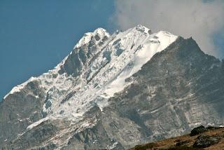 Lobuche+Peak+1.jpg