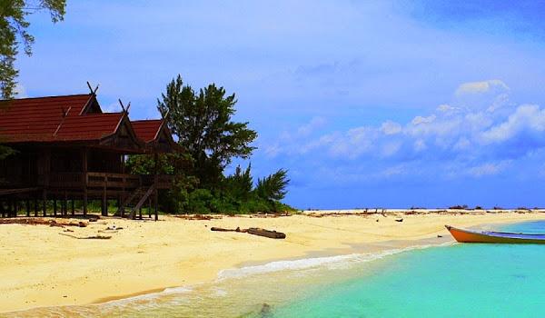 Pulau Lanjukang, Sulawesi Selatan (Gambar 2). ZonaAero
