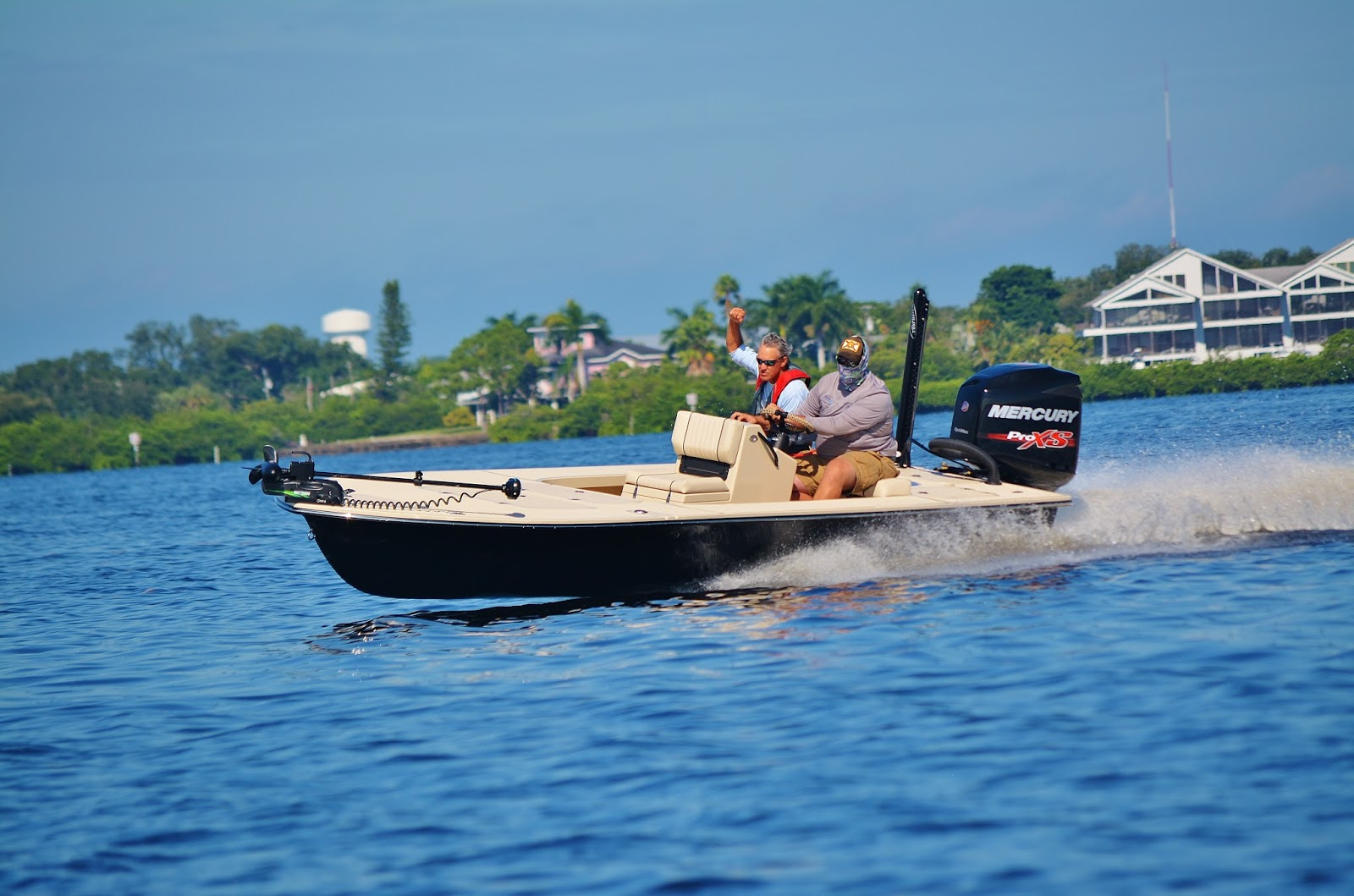 The pine island angler beavertail skiffs open house for Fish house ruskin