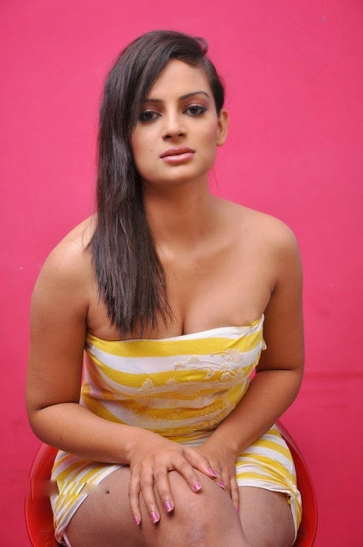 Anuhya Reddy boobs