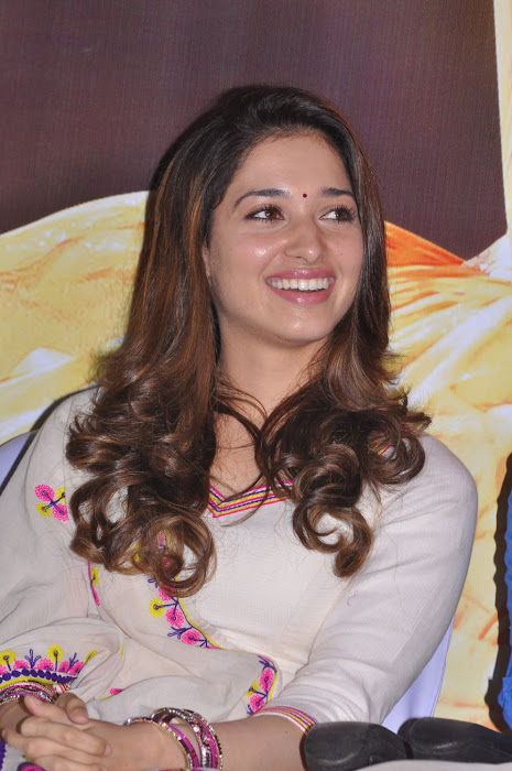 tamanna at yen endral kadhal enben movie press meet hot photoshoot