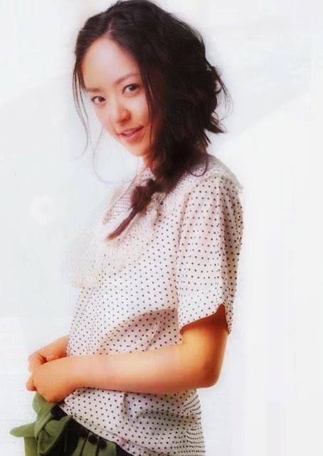 Foto aktris Jepang Mao Inoue