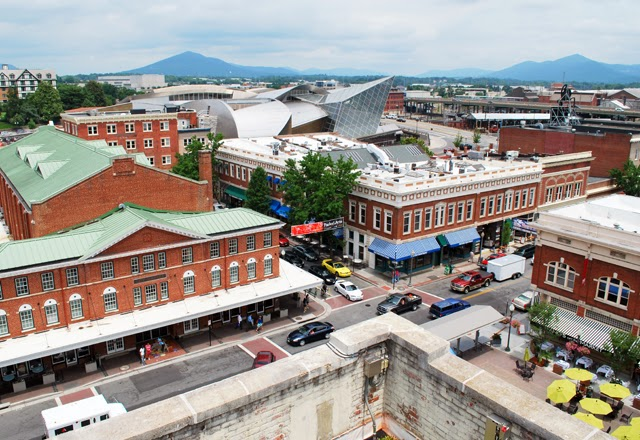 Downtown Roanoke, Virginia | Em Then Now When