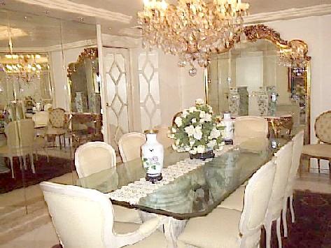 Comedores cl sicos ideas para decorar dise ar y mejorar for Comedores con espejos grandes