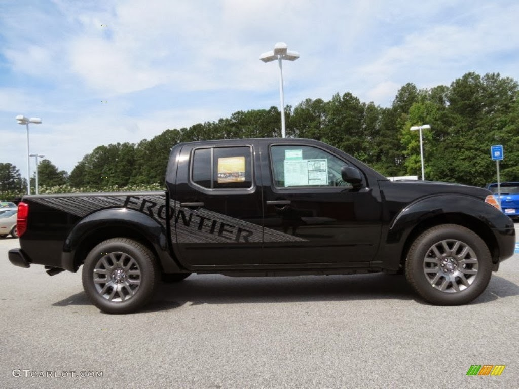 nissan frontier sv crew cab photos prices features wallpapers. Black Bedroom Furniture Sets. Home Design Ideas
