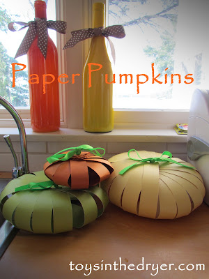 make a paper pumpkin