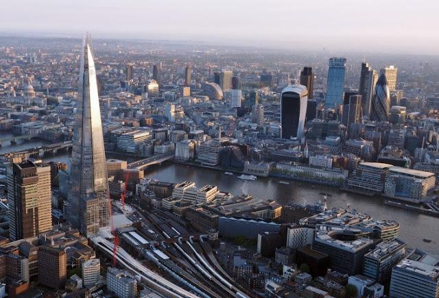 Через банки Великобритании отмываются миллиарды долларов