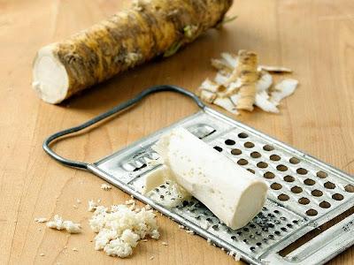 Heal sinus problems with horseradish