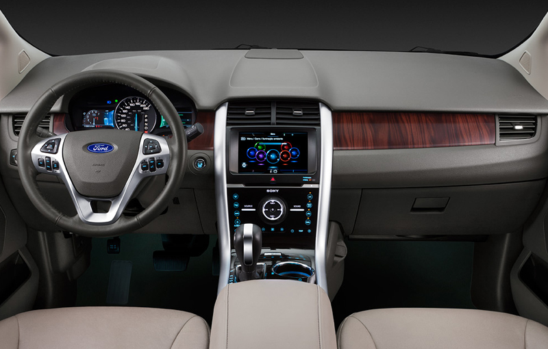 Tecnologia e sofisticação definem o interior do Ford Edge 2013