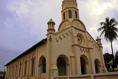Kirche von Santa Teresa (Savannakhet, Laos)