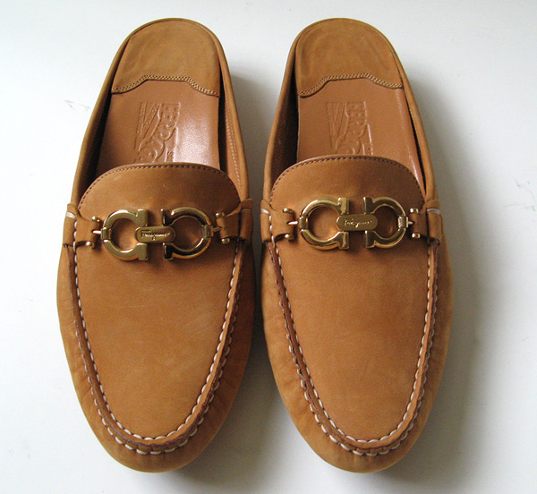 Good Closet: SALVATORE FERRAGAMO DRIVING LOAFERS SHOES WOMENS SIZE 9