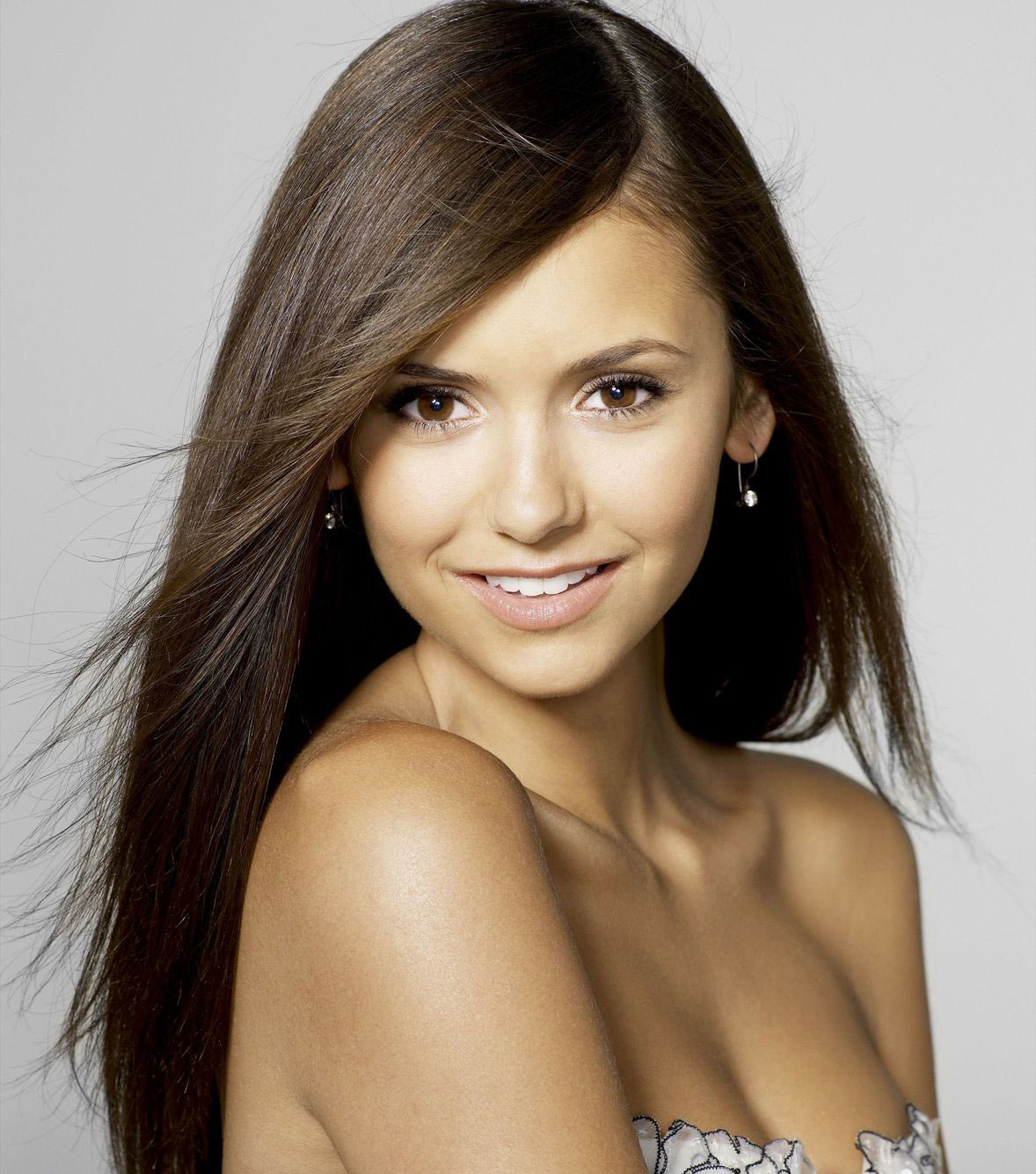 Nina Dobrev Wallpaper: 241543903: Nina Dobrev Hot Pictures/Images 2012