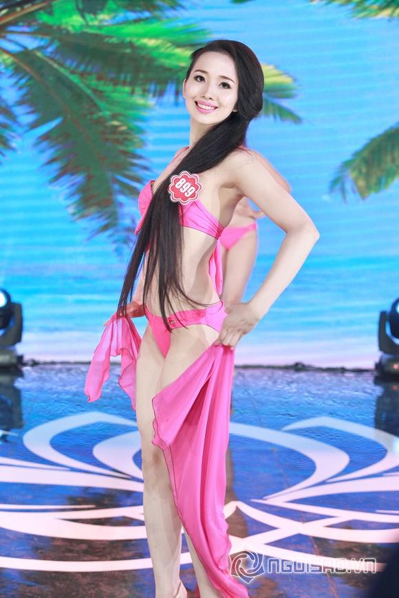 Ảnh gái xinh Hoa hậu miền bắc 2014 với bikini 19
