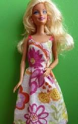 http://kosucas.blogspot.com.es/2013/01/vestidos-barbie.html