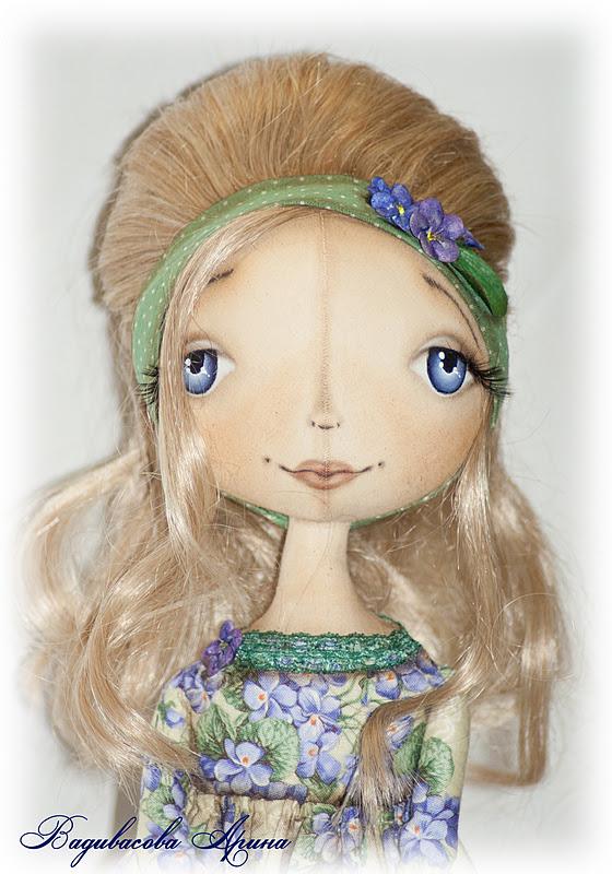 Рисуем глаза кукле карандашом